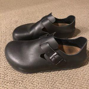 Birkenstock London Clog - Black Leather - size 40